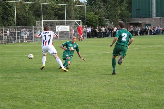 Fernando Ricksen Fortuna - Willem II oefenwedstrijd 11-12